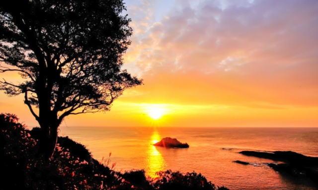 クルスの海の夕日