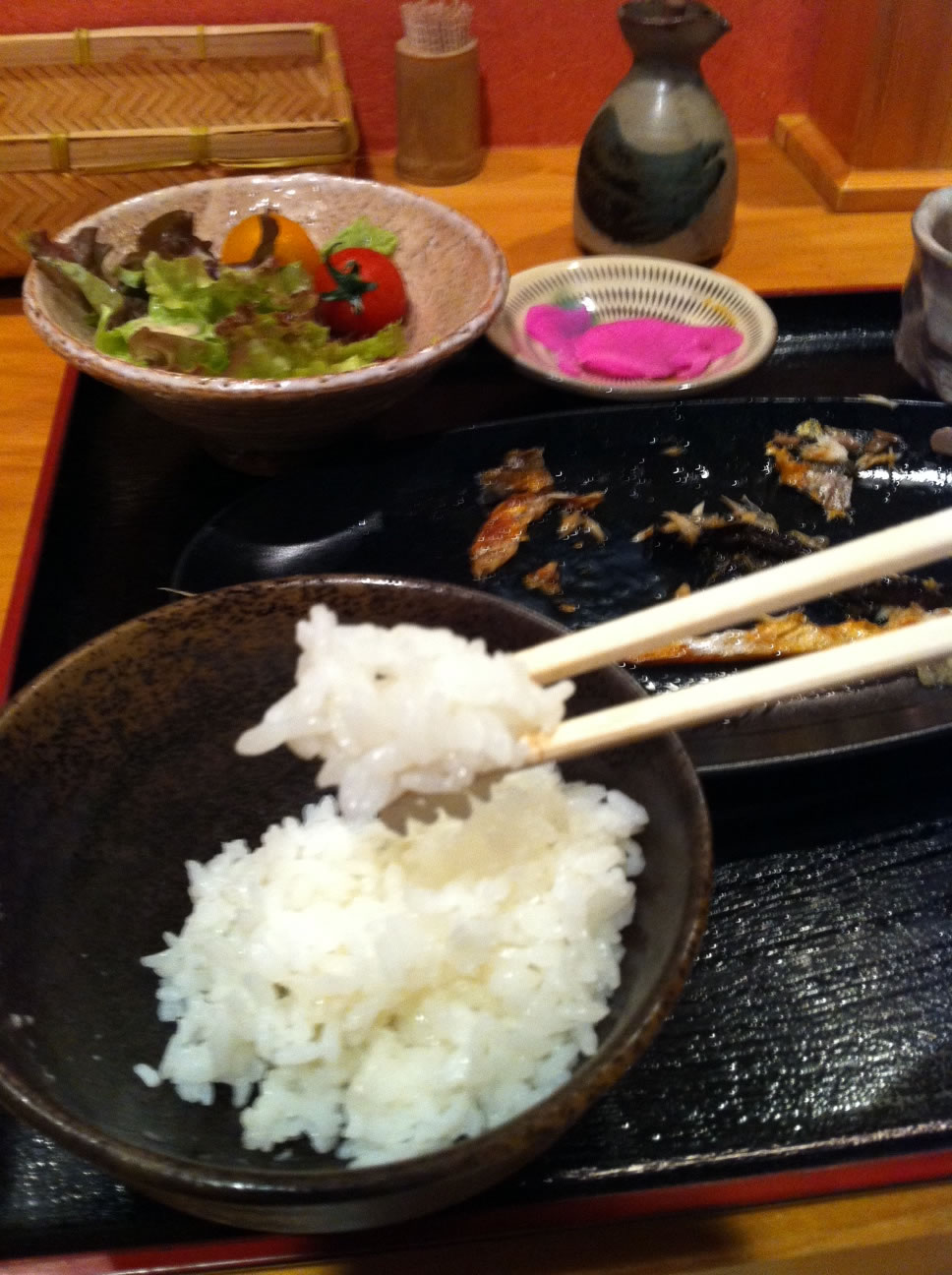 「魚場 かやいち」の塩サバ定食絶品
